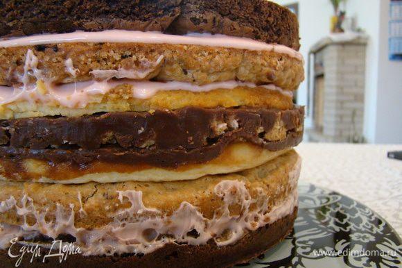 Карамельно-шоколадное печенье + зефирный крем + брауни