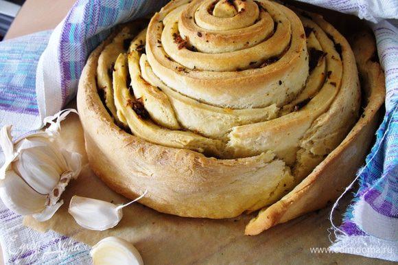 Результат меня очень порадовал....хлеб получился ароматный, легкий и очень вкусный.... Очень рекомендую!!!)))