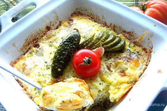 В моей семье все любят жареные яйца, поэтому и стараюсь каждому положить в тарелку такую порцию)))