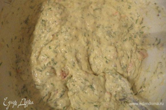 Соединить молочную и мучную смеси. Тщательно перемешать. Выложить тесто в формы для маффинов, выпекать при температуре 200 градусов 15-20 минут.