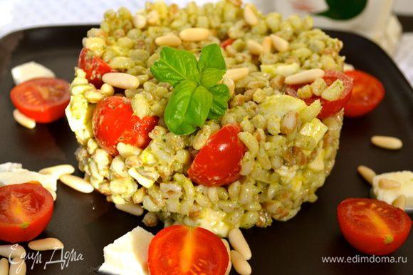"""Получается вот такой вот """"салат красоты и здоровья""""! )))) Приятного аппетита!"""
