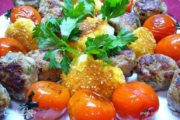 В качестве гарнира можно подать обжаренные помидорки (подержать помидоры на сковороде 3-4 мин.). Отварить в кипящей подсоленной воде в течение 7 мин. цветную капусту, разобранную на соцветия. Воду слить. Взбить вилкой яйцо. Обмакнуть капусту в яйцо, затем – в сухари (можно добавить кунжут), подрумянить на горячей сковороде. Приятного аппетита!