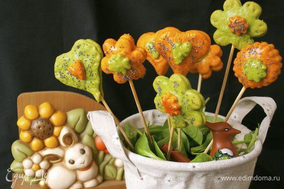 А теперь можно угощать удивленных гостей!!! )))) Такой закуске будут рады и взрослые, и особенно дети! ПРОВЕРЕНО!