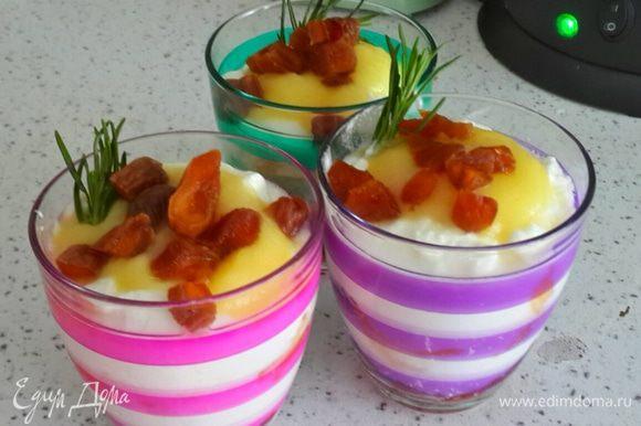 Это очень полезный салат весной. Тут присутствует витамин С, пектин, белок, клетчатка. Кушайте на здоровье!!!!