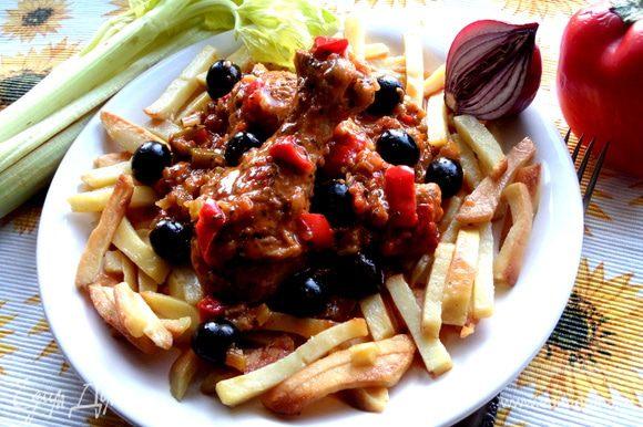 Ножки в пряно-томатной соусе по-средиземноморски готовы!