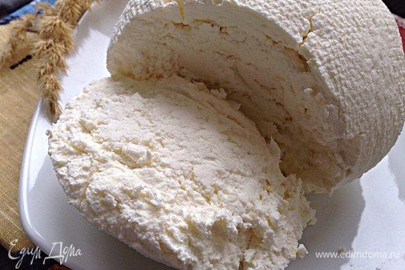 Для конфет у меня был вот этот творожок по рецепту домашнего маскарпоне! ТанечкаS спасибо за наводку! http://www.edimdoma.ru/retsepty/64524-desert-apelsinovyy-tiramisu-retsept-domashnego-maskarpone