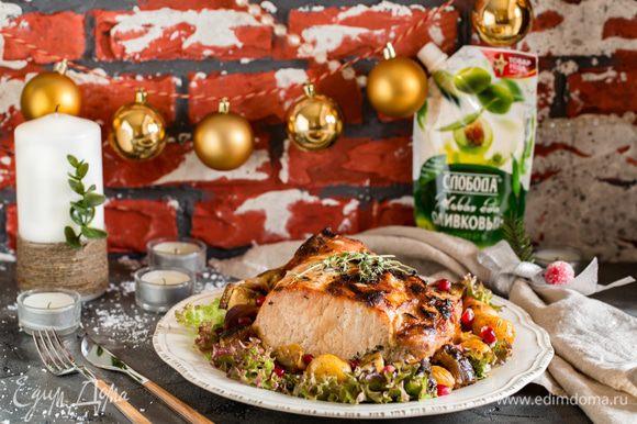 По желанию: добавила за 20 минут до готовности крупно нарезанные овощи: баклажан, разрезанный на 4 части лук красный и мелкий картофель.