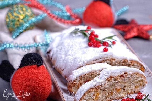 Снегири прилетели:) Прекрасного Рождества и отличного настроения!