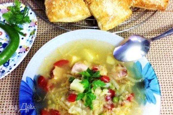 На второй день суп еще вкуснее. Приятного аппетита!