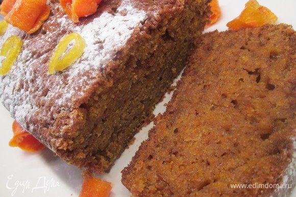 Можно сверху посыпать сахарной пудрой и также украсить лимонными и морковными цукатами. Приятного чаепития!