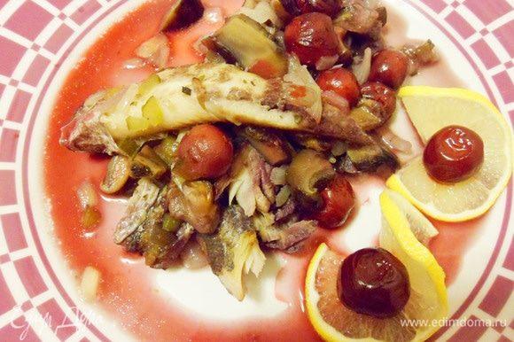 Рыба по-новгородски готова. Приятного аппетита!