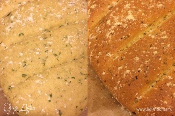 Переложить аккуратно хлеб на противень и выпекать 30-35 минут. Готовый хлеб полностью остудить на решетке.