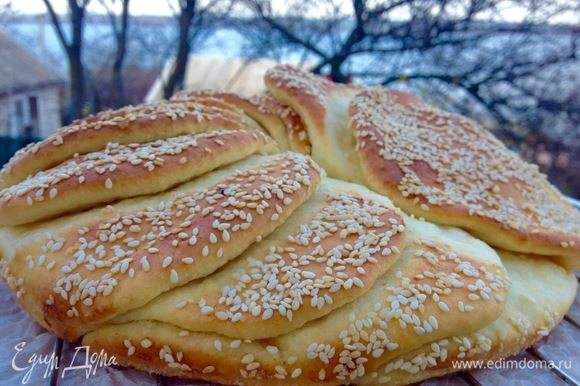 Пеките этот простой рецепт и наслаждайтесь вкусом свежего хлеба. :)