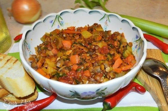 Густой итальянский суп готов к подаче! Приятного аппетита!