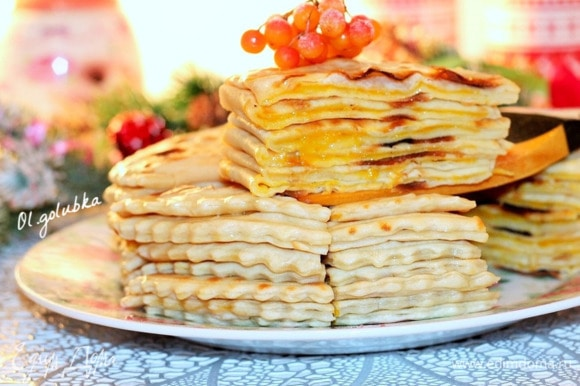 Очень вкусные и нежные чеченские лепешки хингалш с тыквой готовы! Приятного аппетита!