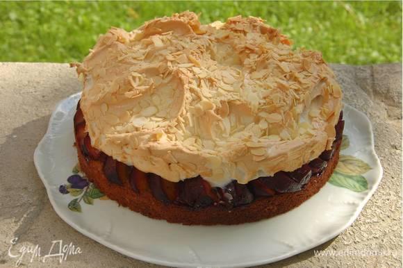 Готовый пирог не вынимать из формы 30 минут.