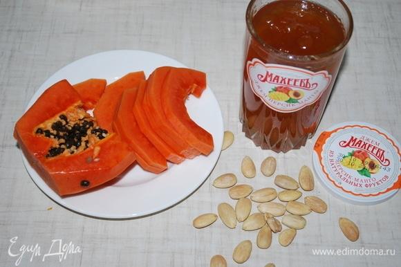 Для начинки я взяла свежую папайю и джем ТМ «МахеевЪ» со вкусом персика и манго.