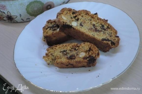 Печенье можно долго хранить в металлической или стеклянной банке.