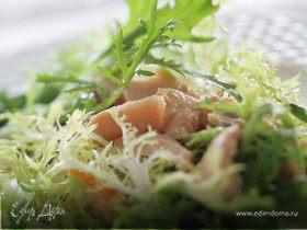 Салат из семги с лаймом