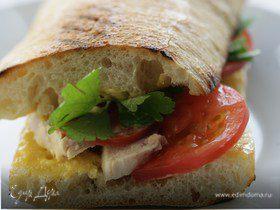 Сэндвич с курицей и домашним майонезом