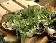 Салат с баклажанами и моцареллой