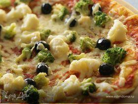 Пицца с брокколи и цветной капустой