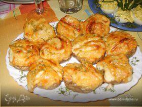 Фаршированные шампиньоны с сыром и овощами