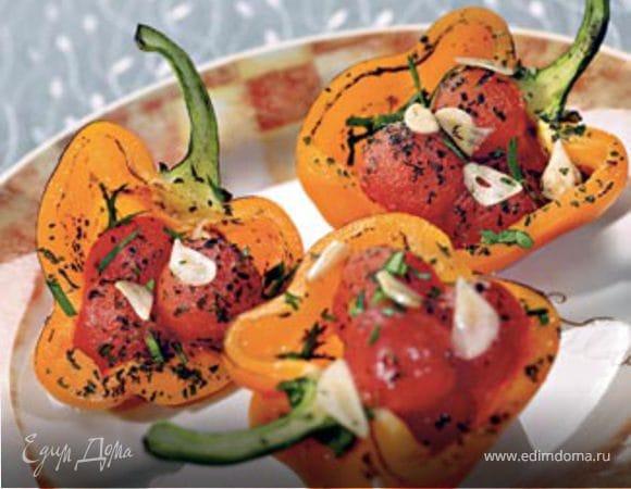 Запеченные перцы с помидорами черри