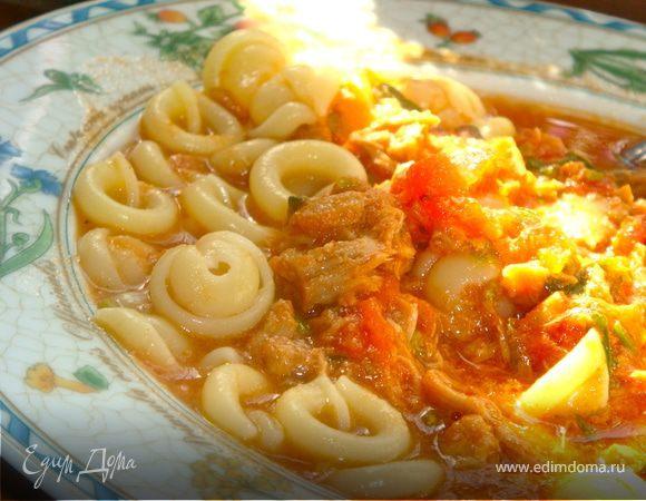 Спагетти с тунцом и селедочным маслом