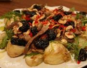 Теплый салат из печени и молодого картофеля