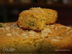Кукурузный хлеб с сыром и перцем чили