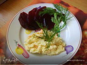 Закуска из сыра, чеснока и моркови