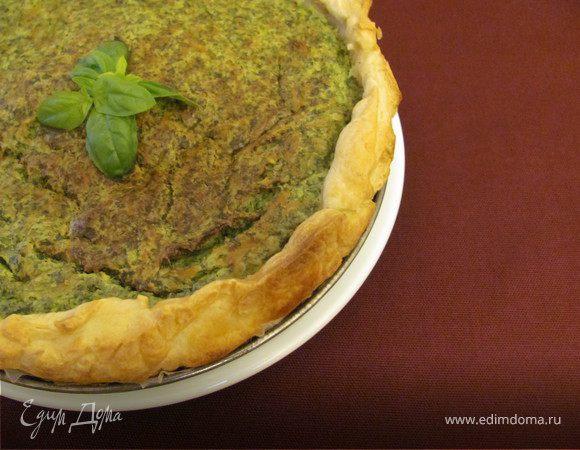 Пирог с зеленью и миндалем