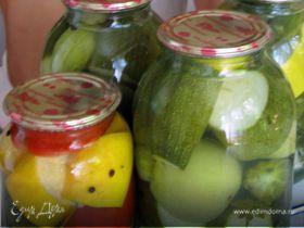 Маринованные кабачки , огурцы и помидоры