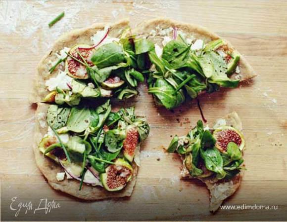 Пицца с шпинатом, инжиром и сыром горгонзола