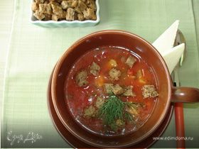 Томатный суп с мидиями и гренками