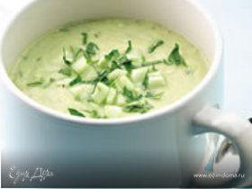 Летний суп с огурцом и авокадо