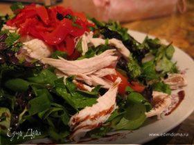 Салат с маринованным перчиком