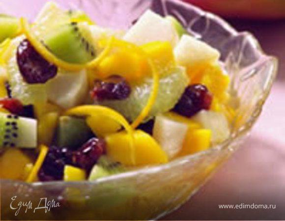 Тропические фрукты в пряном сиропе