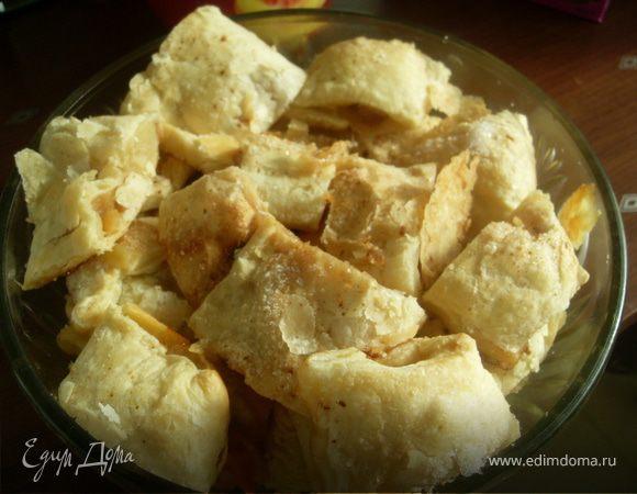 Слоеное печенье с яблочной начинкой