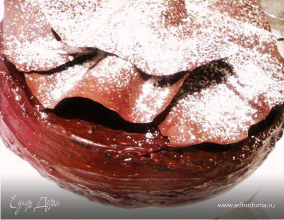 Рождественский шоколадный торт