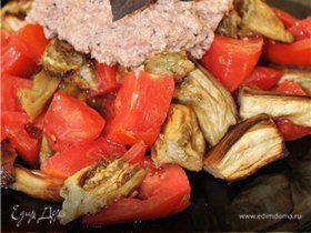 Баклажанный салат с ореховым соусом