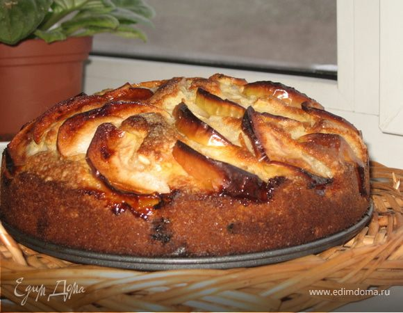 Пирог с яблоками от Надежды