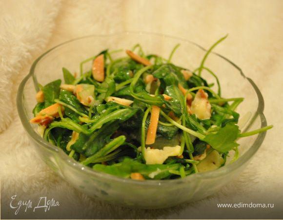 Салат с руколой и запечённым сыром «Лека»