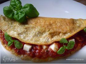 Омлет с помидорами и моцареллой