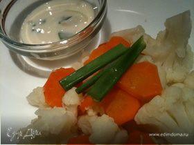 Салатик диетический с йогуртовым соусом