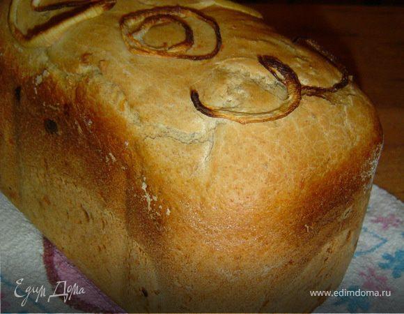 Хлеб с сыром, луком и чесноком