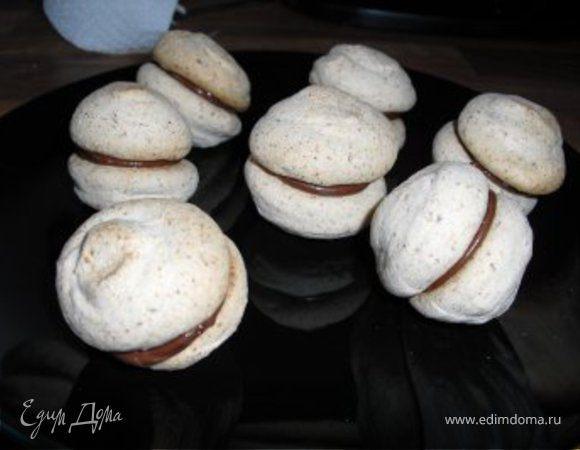 """Печенье """" Макроны"""" с шоколадно-кокосовой начинкой."""