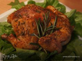 Цыпленок розмариновый с соусом песто