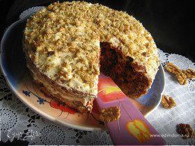 Свекольно-сырный торт с грецким орехом.